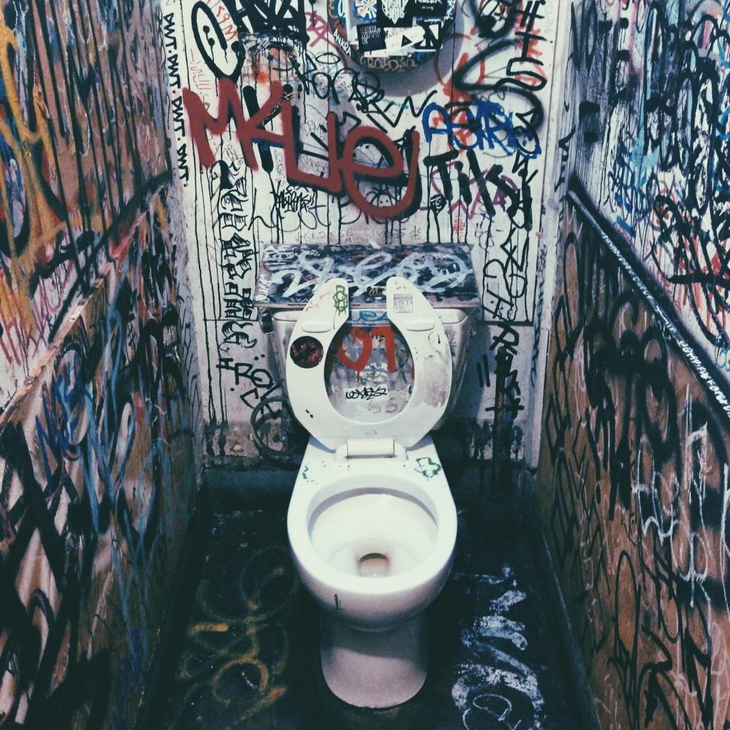 Vsco Vscocam Divebar Bathroom Graffiti Toilet