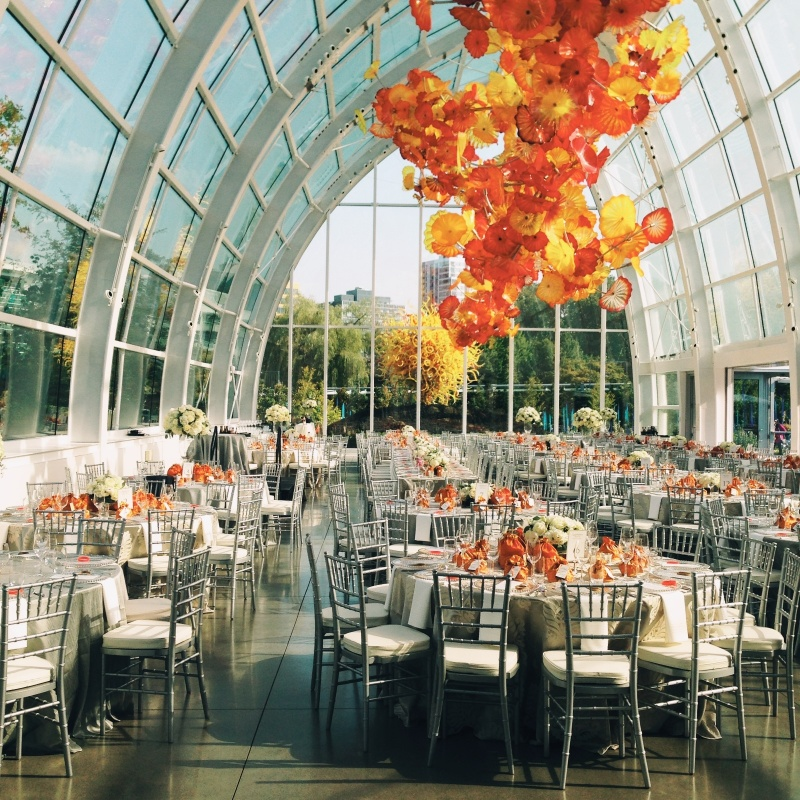 Vsco Wedding Reception At Chihuly Glass Garden In Seattle