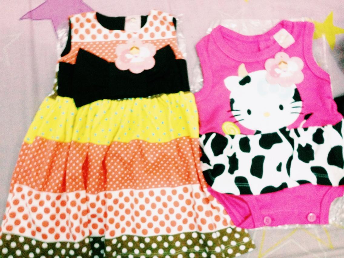 VSCO - polka dot dress and hello kitty pink