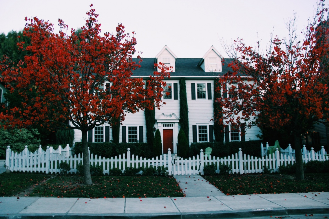 Hanna S House From Pretty Little Liars Warner Brothers Los Angeles Danielleangeloux Vsco