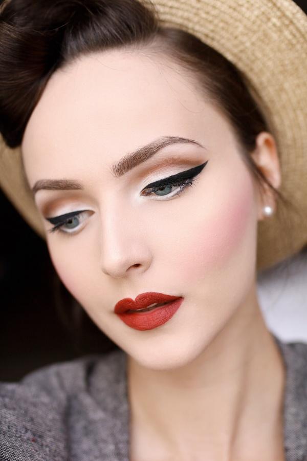 VSCO - Makeup Details Idda Van Munster.