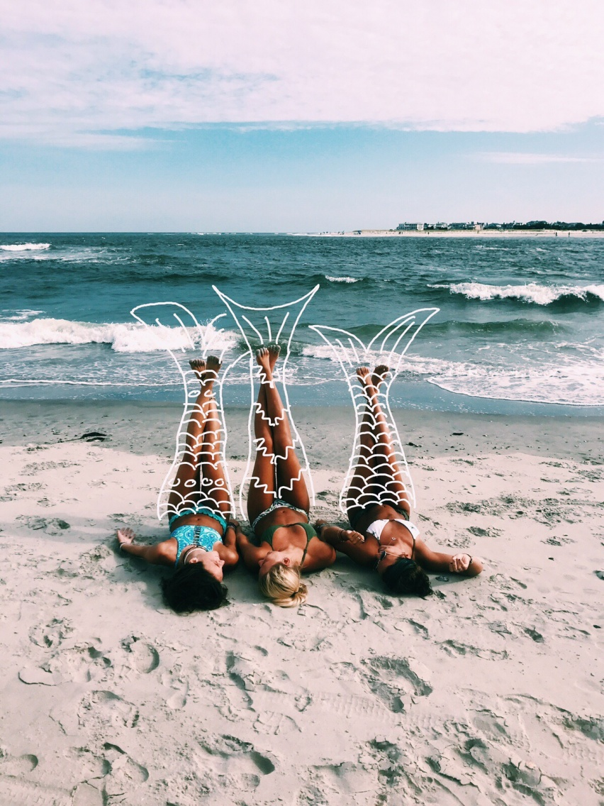 50 Beach Photography Ideas To Try This Summer Try any of these poses on your next beach trip! 50 beach photography ideas to try this