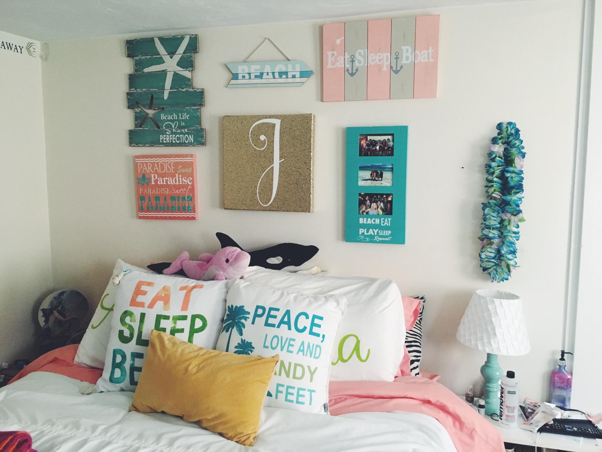 room decor beachy beach vibes