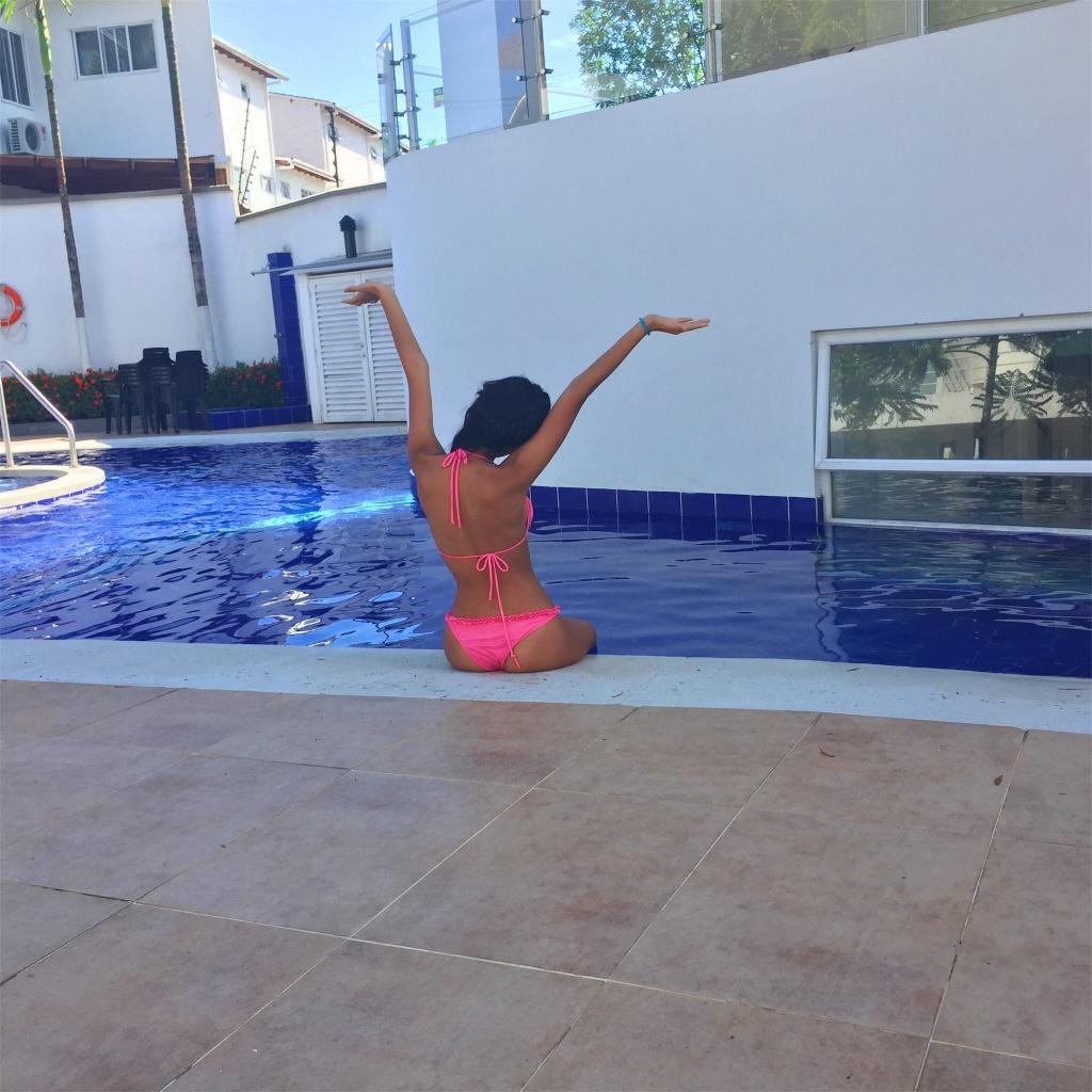 VSCO - #summer #pool #swim #sunny #underwear #blue #pink   lilndproud
