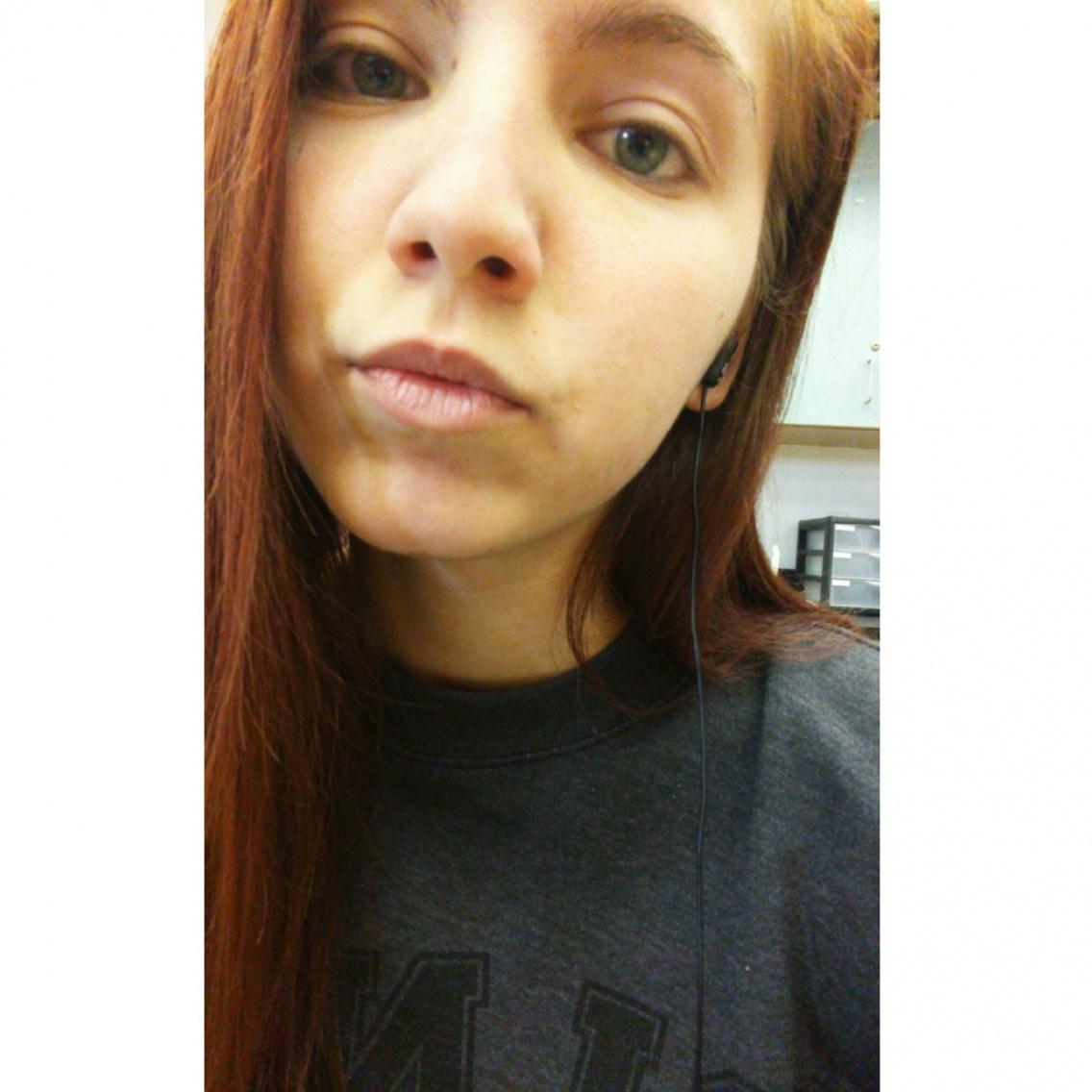 Hot teens selfie
